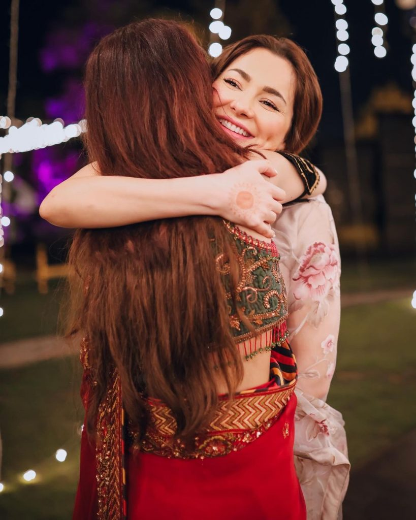 Hania Aamir Alluring Pictures From Aima Baig's Engagement