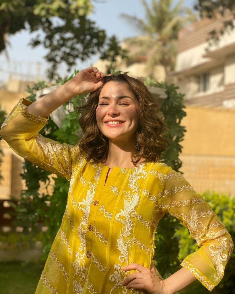 Hania Aamir And Kinza Hashmi Spotted Wearing Same Outfit By Azure