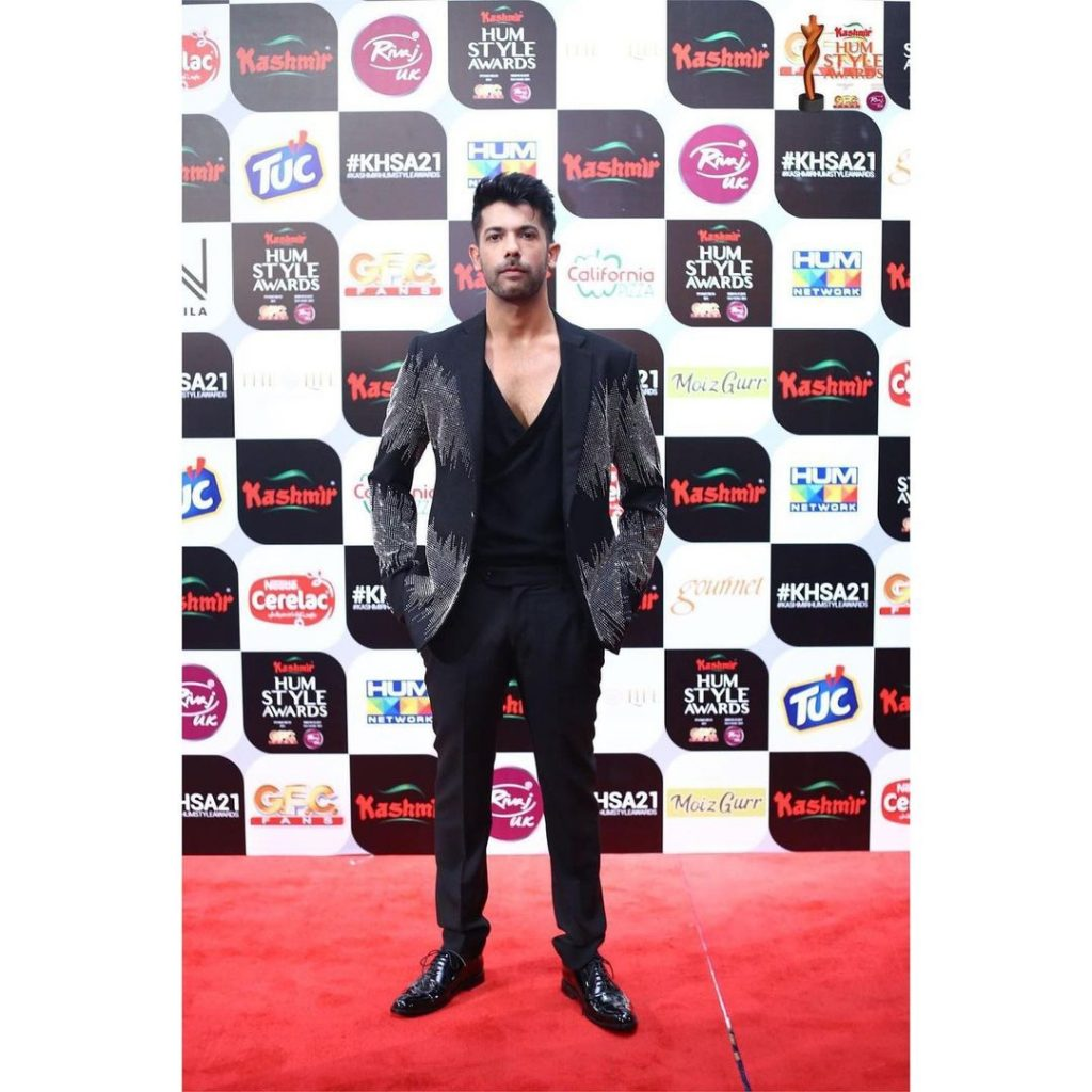 Celebrities Spotted At The Red Carpet Of 5th Hum Style Awards