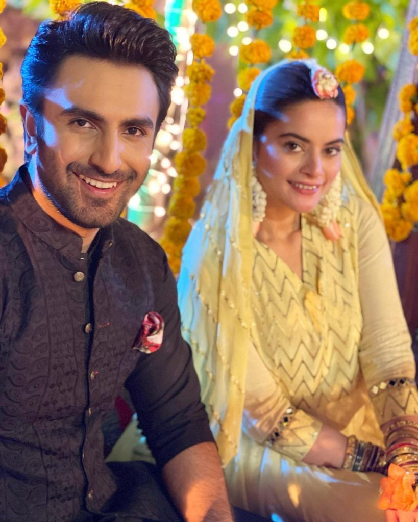 Minal Khan Exquisite Pictures From The Set Of Ishq Hai