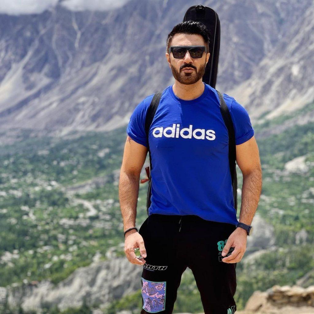 Rockstar Mustafa Zahid Enjoying Vacations In The Mountains