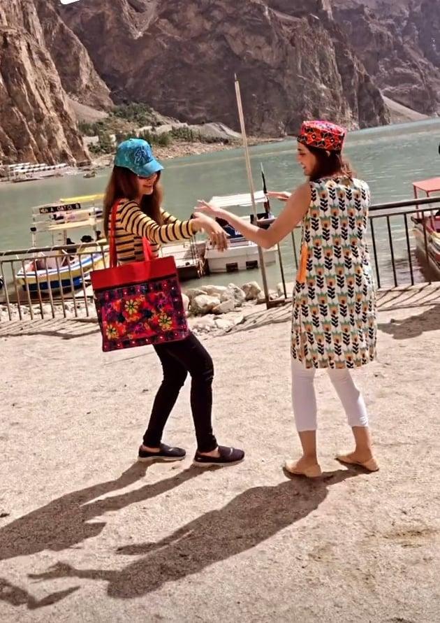 Natasha Hussain Vacationing With Daughters In Hunza