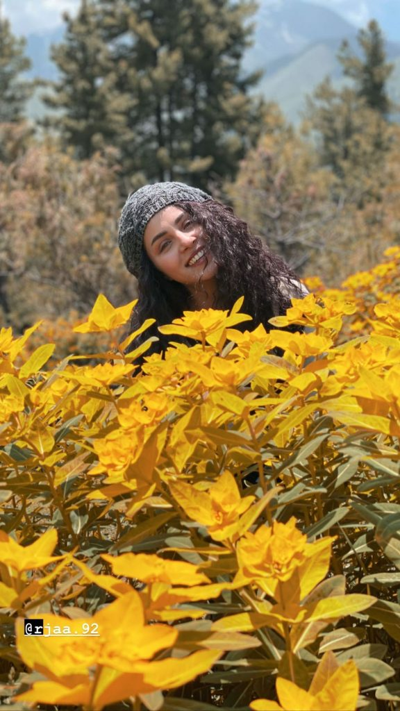 Nimra Khan Alluring Pictures From Hunza