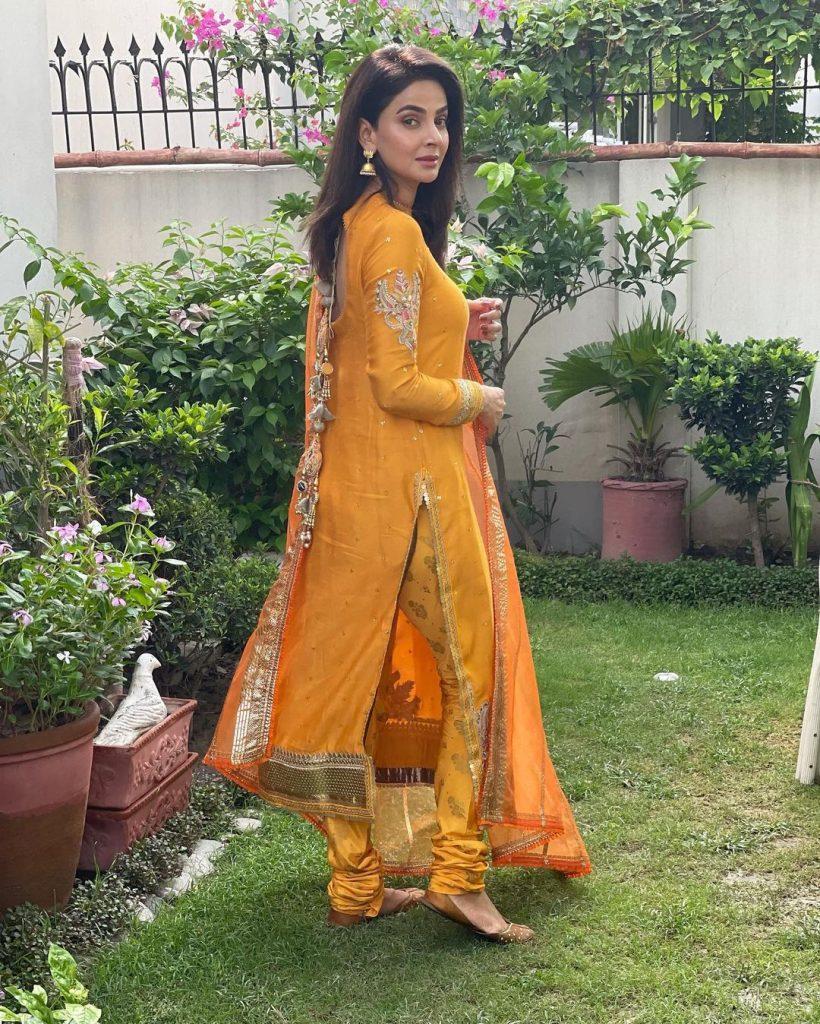 Saba Qamar Ravishing Looks From Eid-ul-Adha Day 1 And Day 2