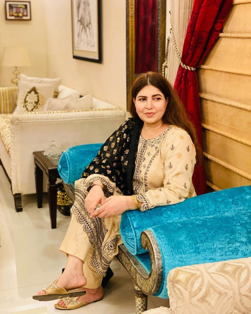 Shagufta Ejaz Pictures With Family On Eid Day