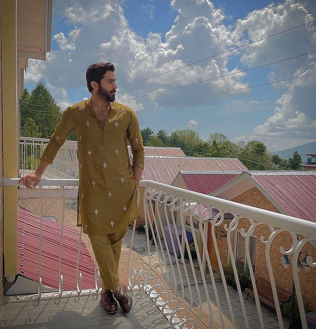 Sheheryar Munawar's Beautiful Family Pictures From Eid-ul-Adha