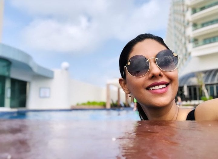 Sunita Marshall Enjoying Pool Time With Her Family In USA