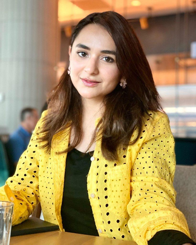 Yumna Zaidi Amazes Audience With Her Golden Words
