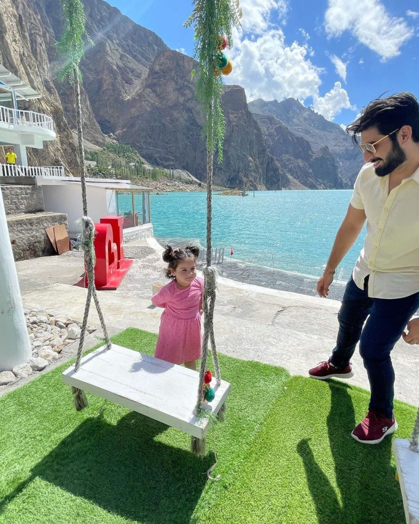 Breathtaking Pictures Of Aiman And Muneeb From Attabad Lake