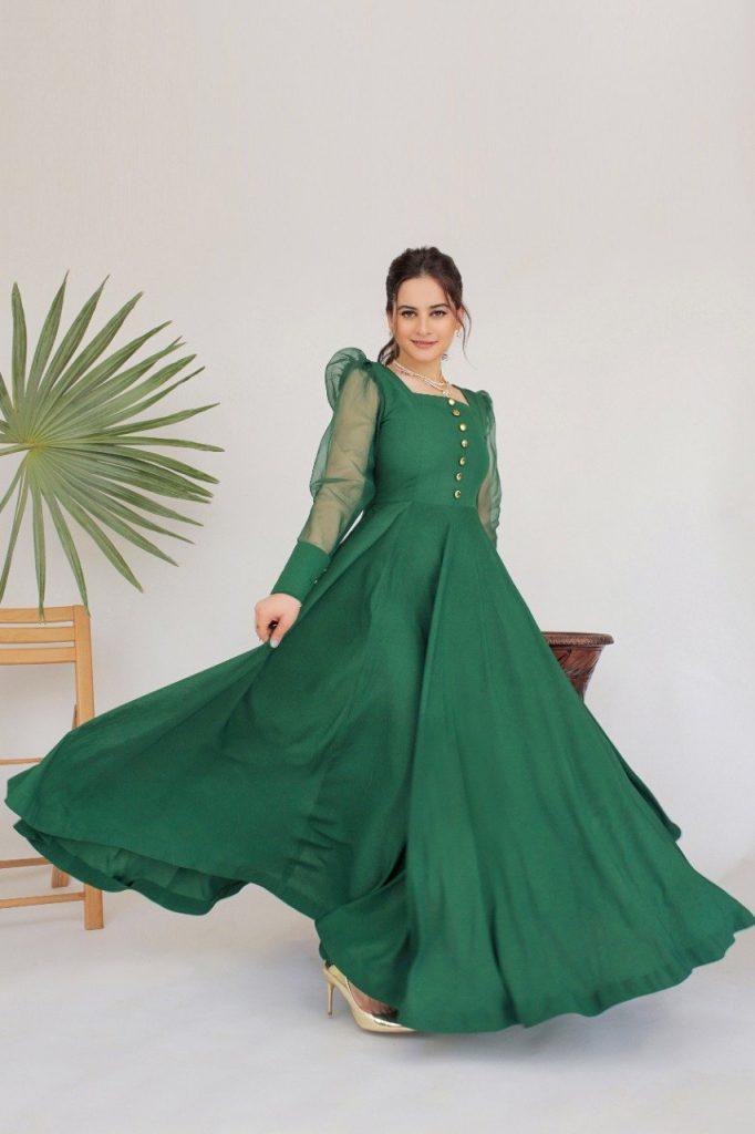 Aiman Khan & Maya Ali Gracing The Shades Of Green With Elegance
