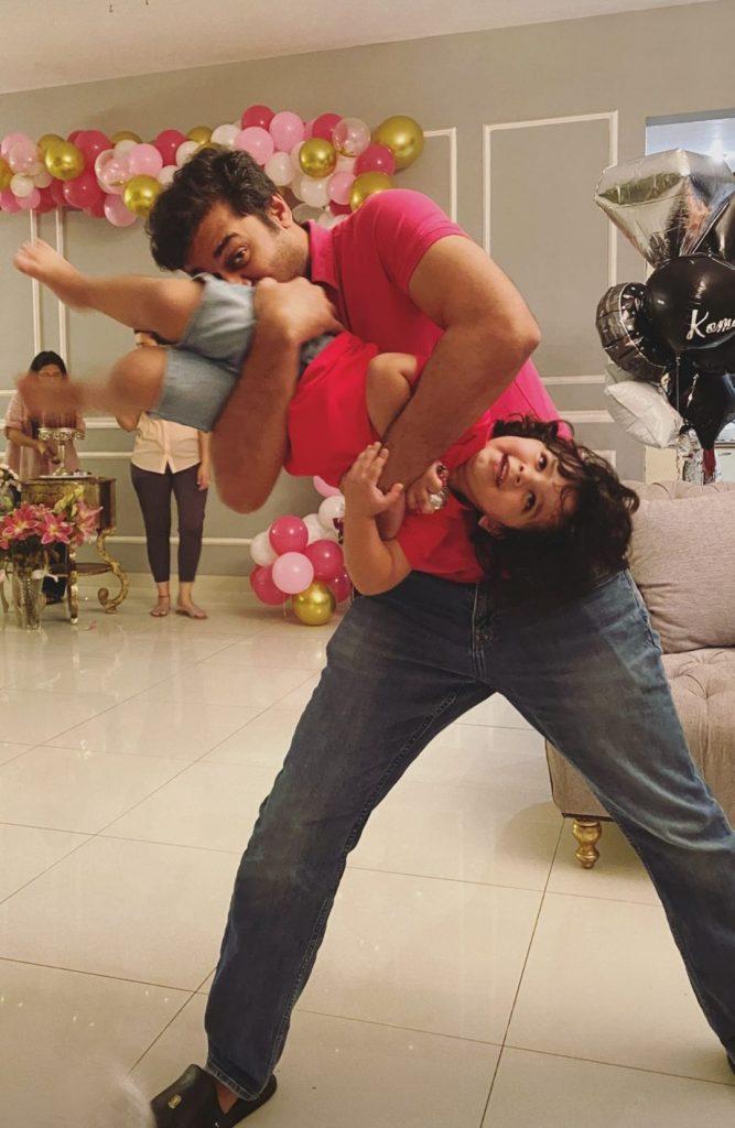 Komal Rizvi Celebrates Birthday With Family - Pictures