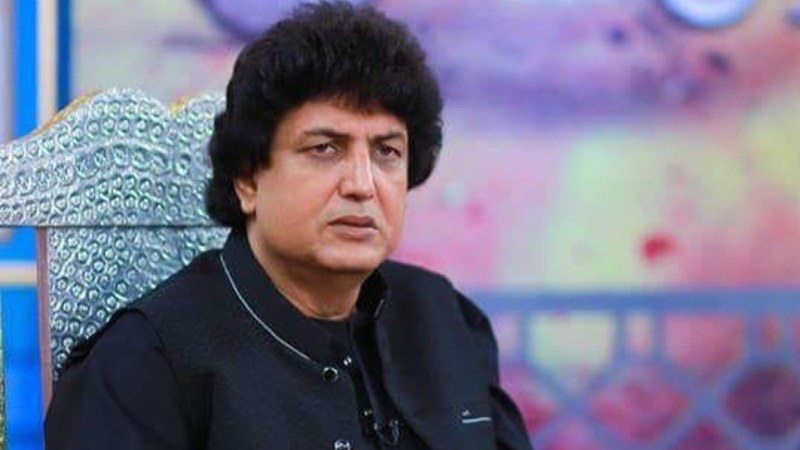 Khalil-ur-Rehman Qamar Changes His Stance Regarding Feminism