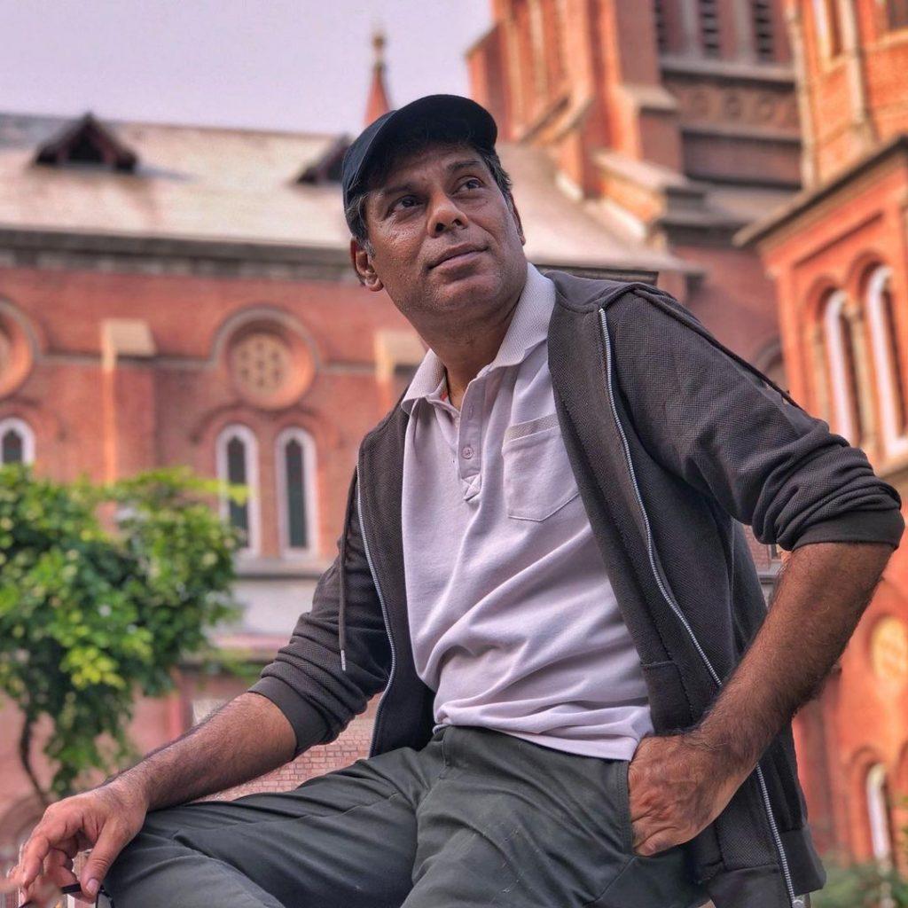Sadqay Tumhare Director Defends Mahira Khan