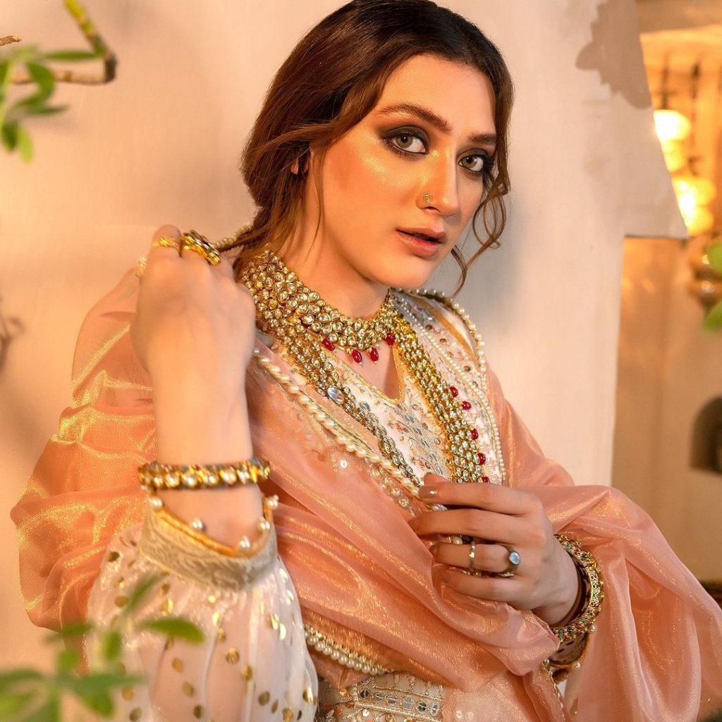 Momina Iqbal Flaunts Elegance In Her Latest Shoot