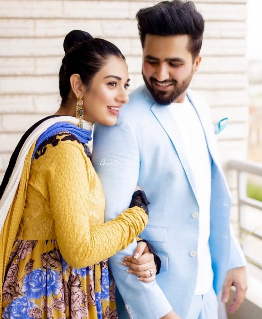 Sarah And Falak Treat Fans With Pretty Pictures