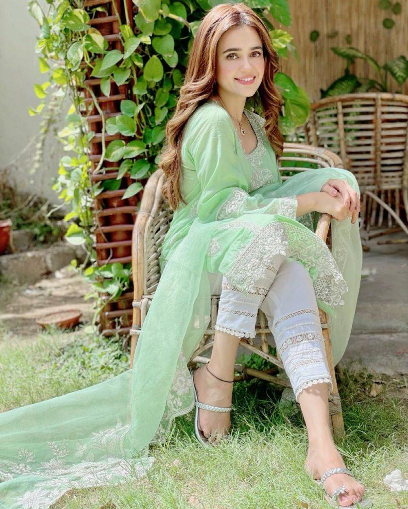 Latest Enchanting Pictures Of Sumbul Iqbal Khan