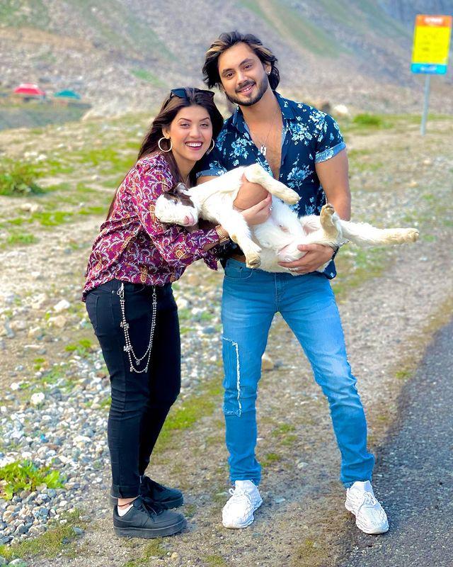 Aiman Zaman And Mujtaba Lakhani Vacationing In Hunza