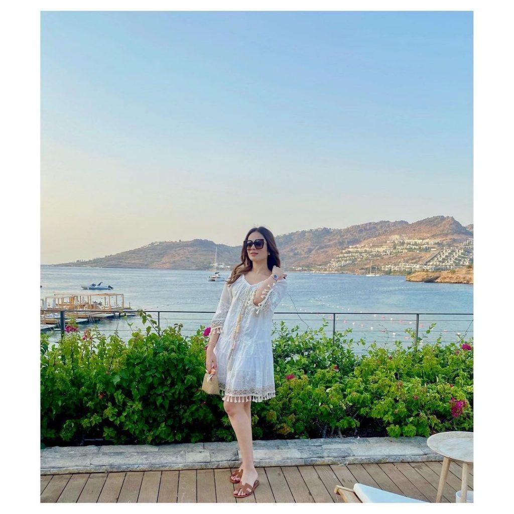 Alyzeh Gabol Latest Pictures From Dubai
