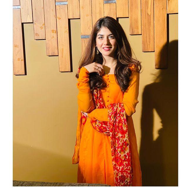 Drama Serial Qissa Meher Bano Ka- Cast In Real Life