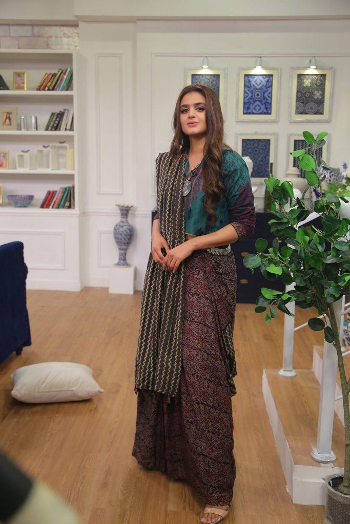 Hira Mani Looks Drop Dead Gorgeous In Ivory Bridal Ensemble