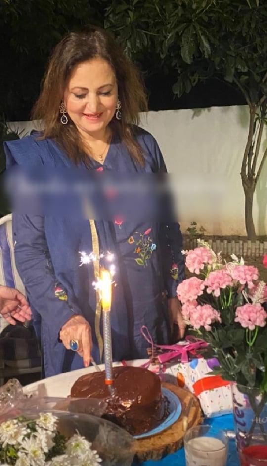 Veteran Actress Leyla Zuberi Celebrates Birthday With Her Family