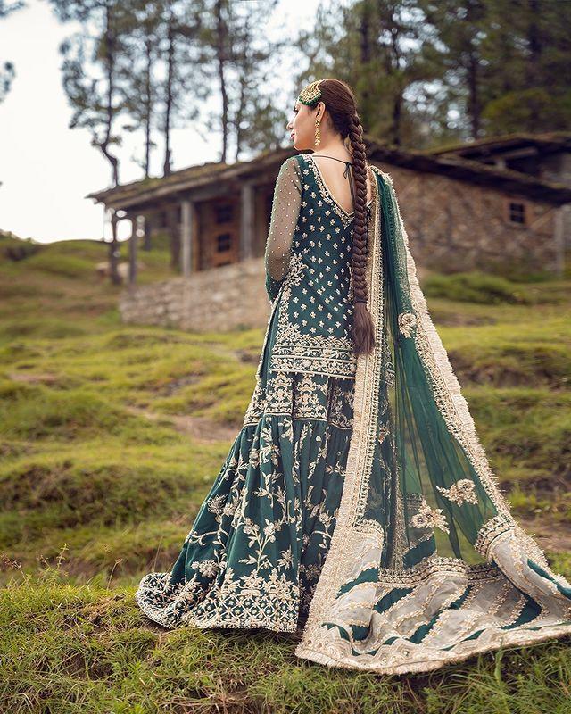 Mahira Khan Looks Enchanting In Khurshid By Faiza Saqlain