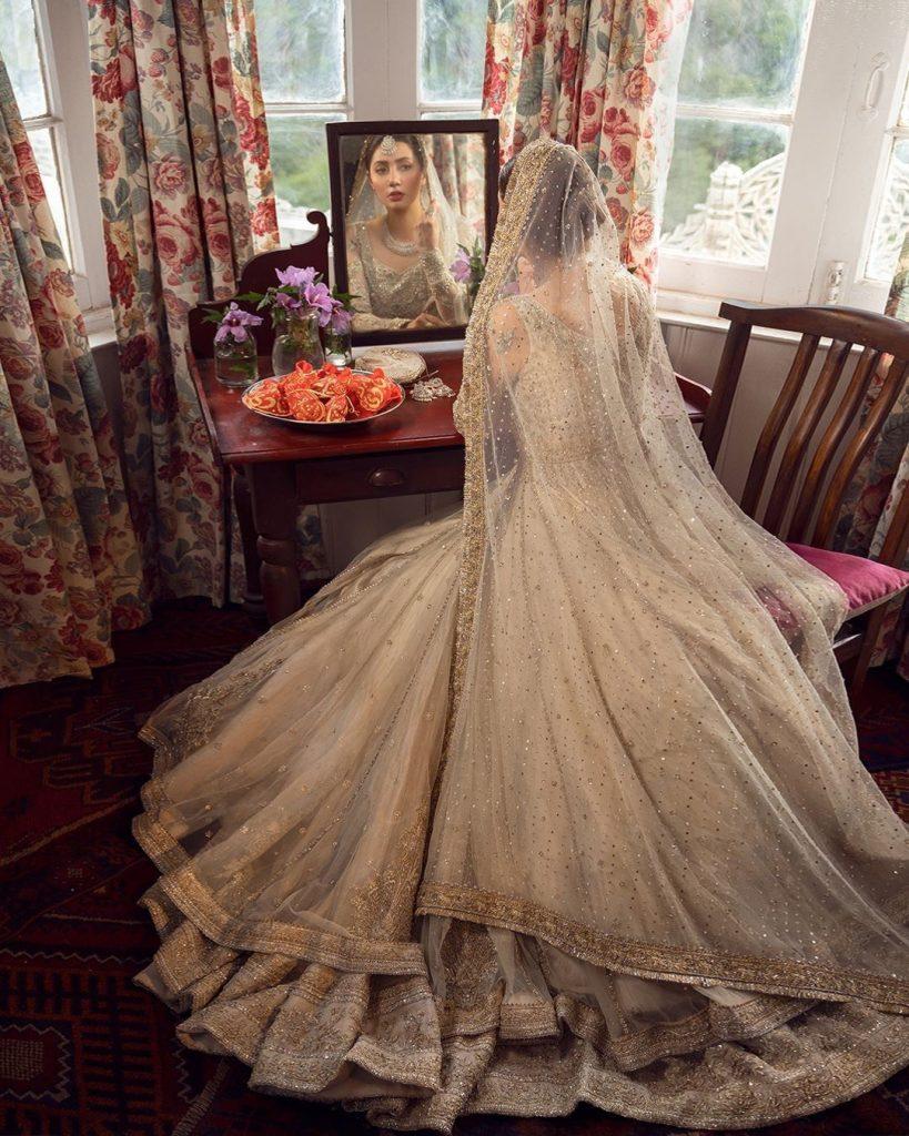 Mahira Khan Looks Drop Dead Gorgeous In Faiza Saqlain Bridal Ensemble