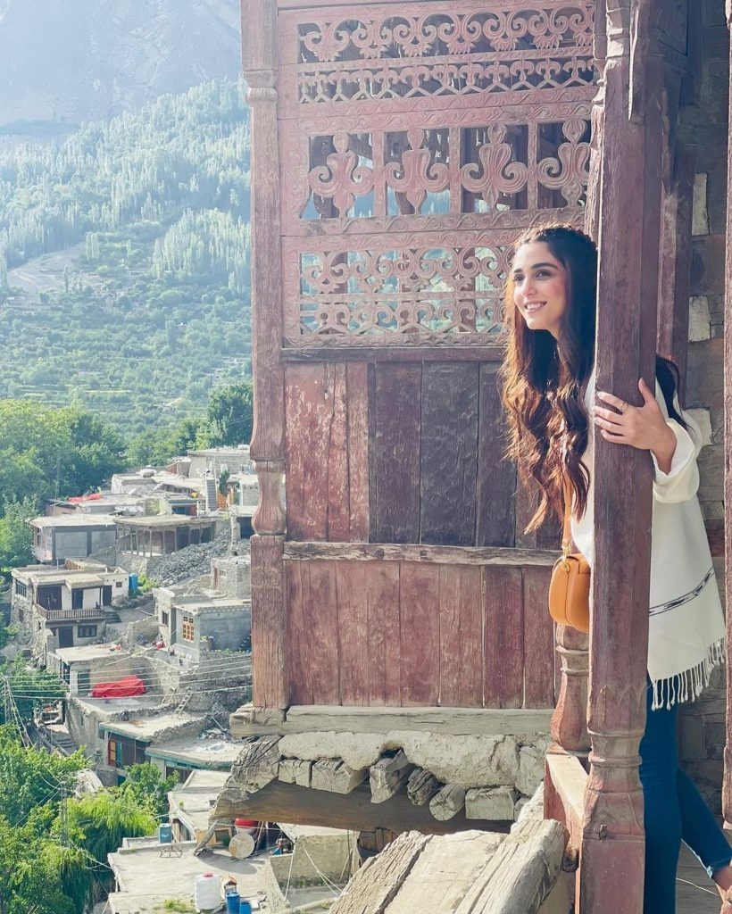 Maya Ali New Pictures From Hunza Valley
