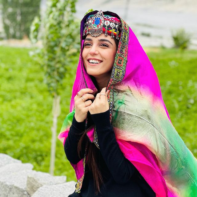 Maya Ali Treats Fans With Beautiful Pictures From Hunza Valley