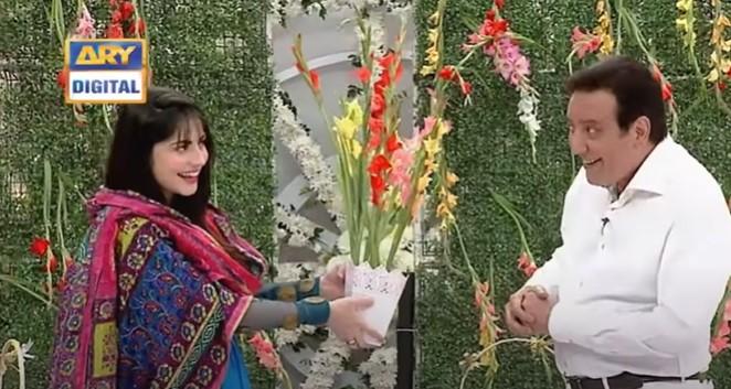 People Love Neelam Muneer's Pashto Act