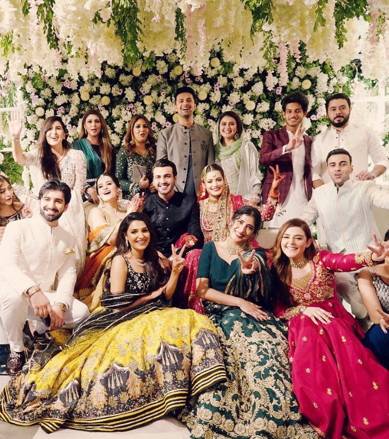 Bewitching Pictures Of Amna Ilyas From Minal Khan's Wedding