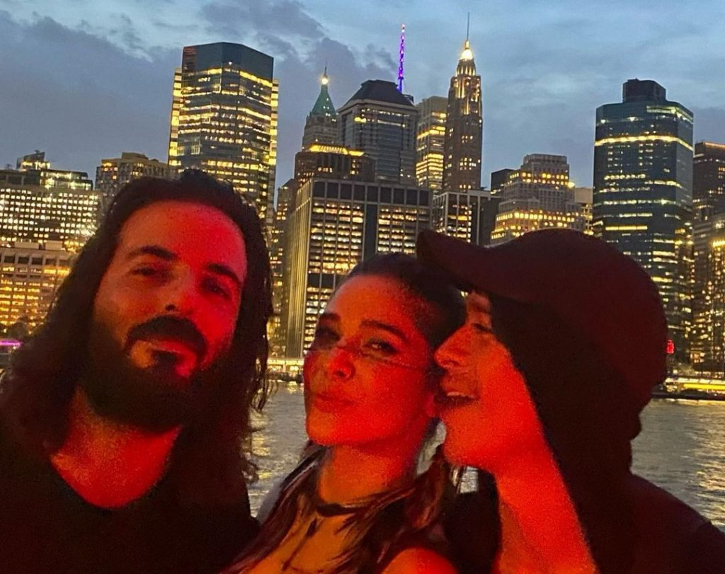 Ayesha Omar Treats Fans With New York Trip Pictures