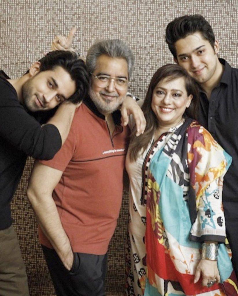 Drama Serial Dobara - Cast In Real Life