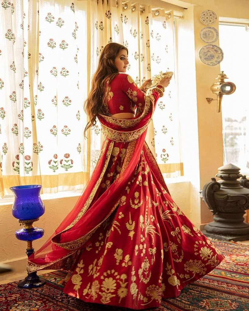 Hira Mani Looks Gorgeous In Deep Red Bridal Ensemble