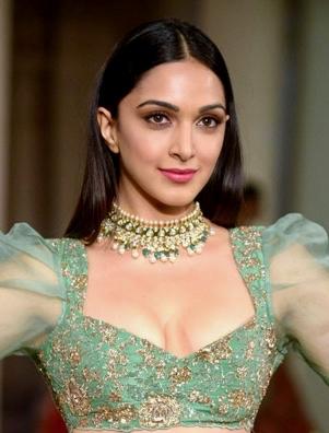 Hassan Niazi Reveals His Favorite Bollywood Heroines