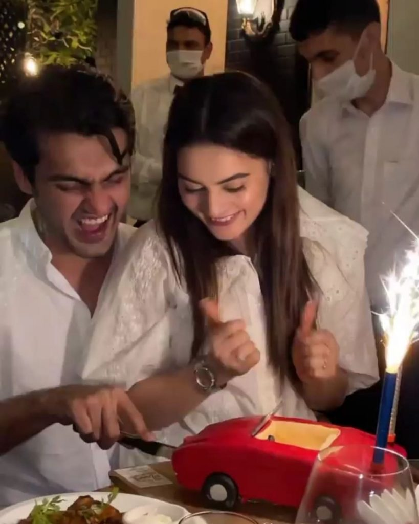 Minal and Ahsan's Public Display Of Affection Invites Criticism