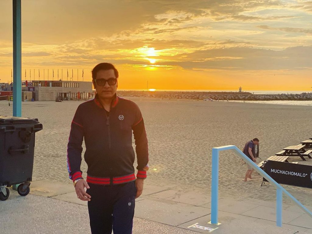 Recent Vacation Pictures Of Nabeel Zafar