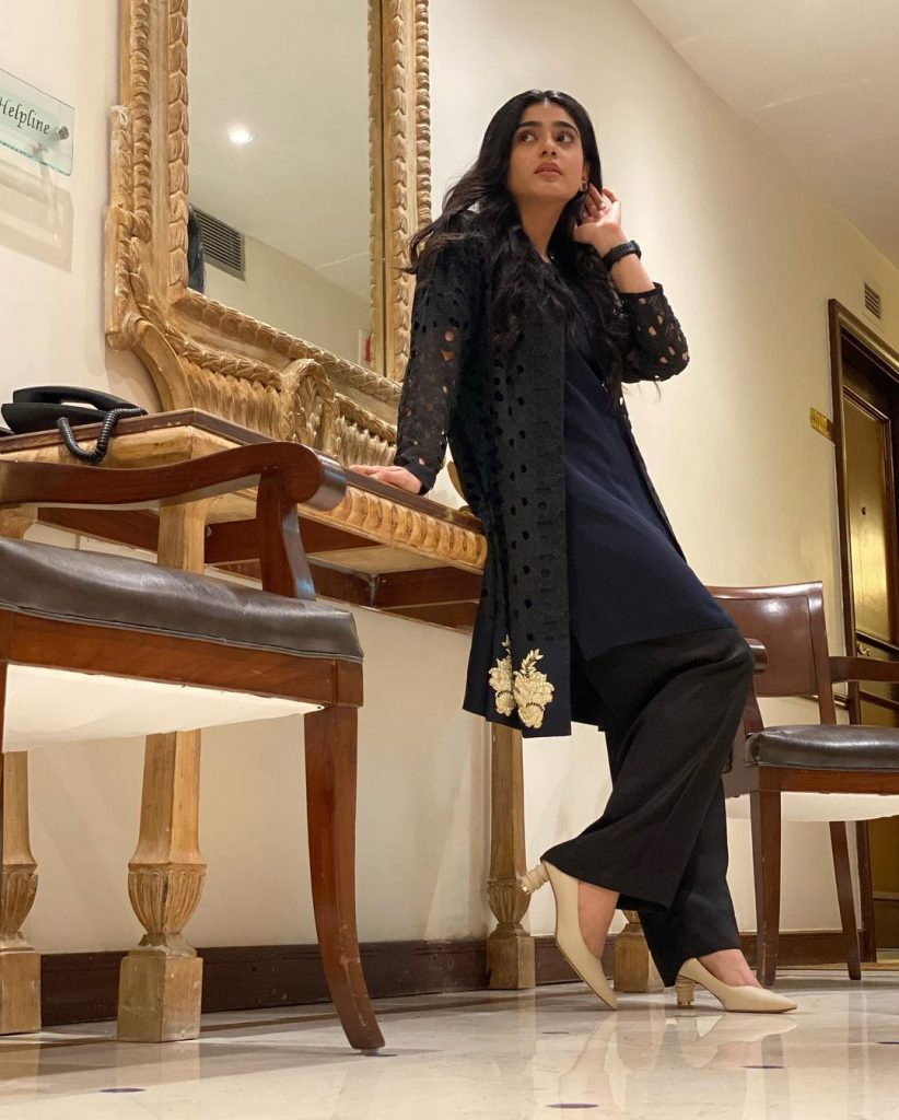Recent Alluring Pictures Of Sehar Khan