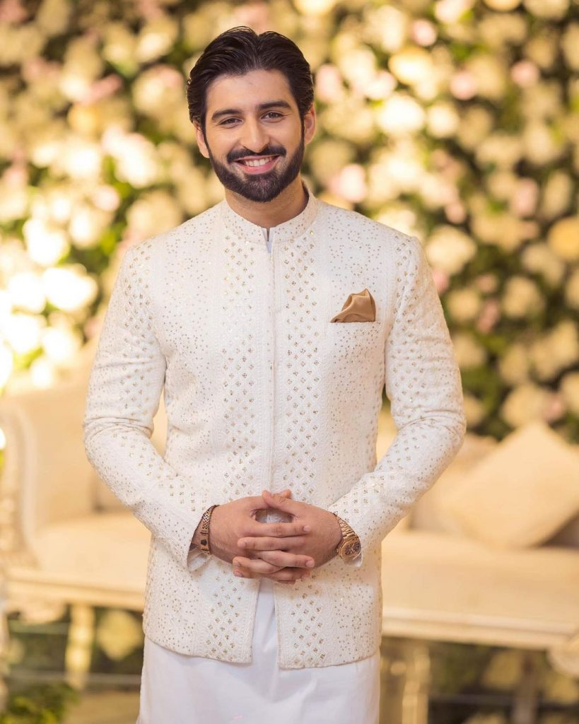 Bewitching Portraits Of Aiman Khan And Muneeb Butt From Minal's Wedding