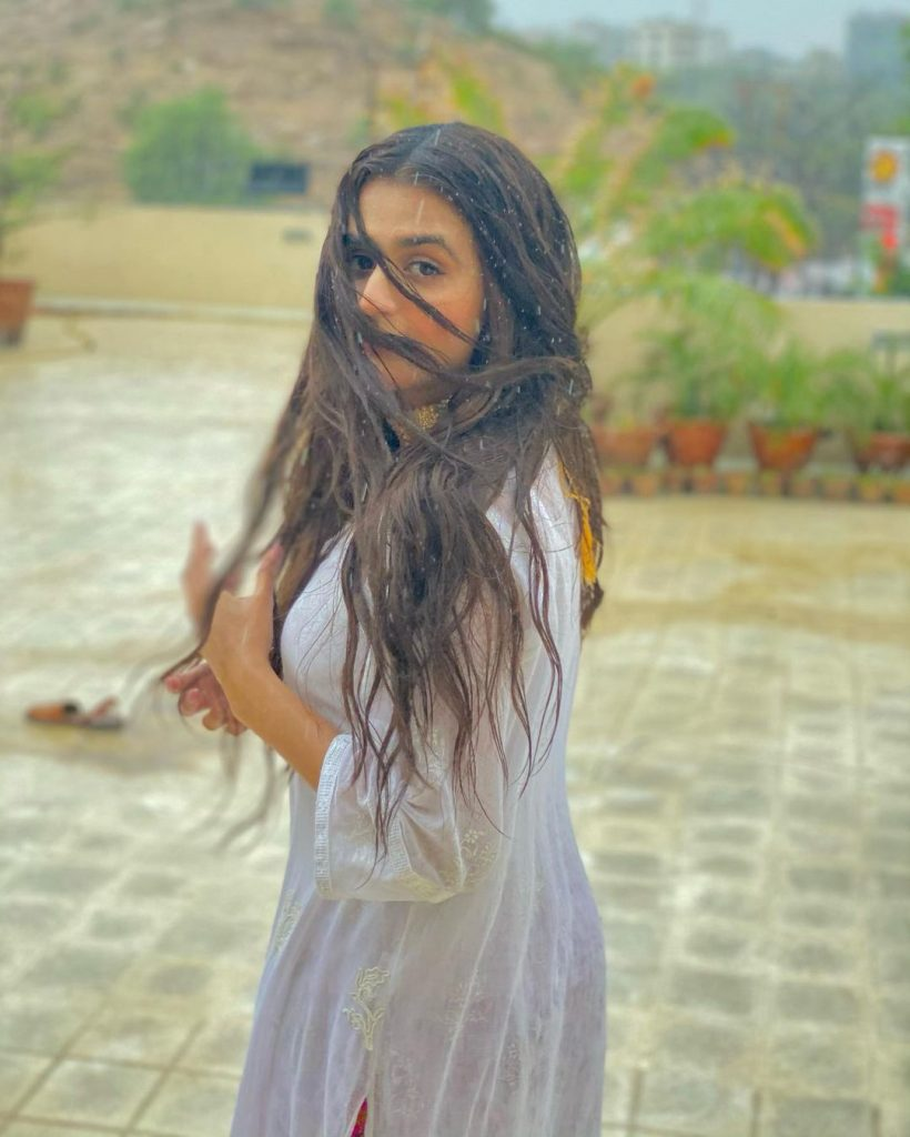 Hira Mani's Stills While Enjoying Rain Are Bringing In A Lot Of Criticism