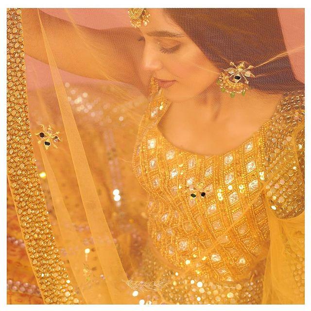 Maya Ali Flaunts Elegance In Her Latest Bridal Shoot