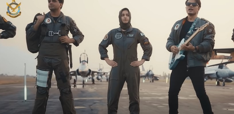 """Ali Zafar Paid Homage To Our Warriors In New Song """"Mein Ura"""""""