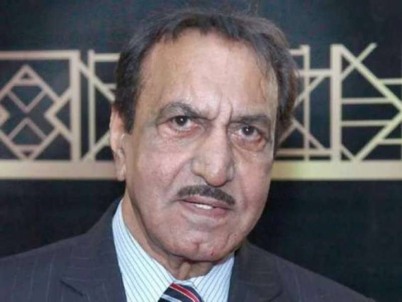 Why Mustafa Qureshi Once Beaten Up The Director - Interesting Story