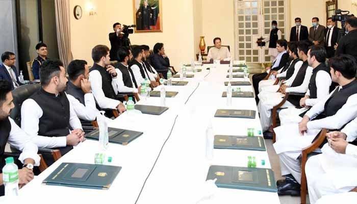 Pakistan's T20 World Cup Squad Meets Prime Minister Imran Khan