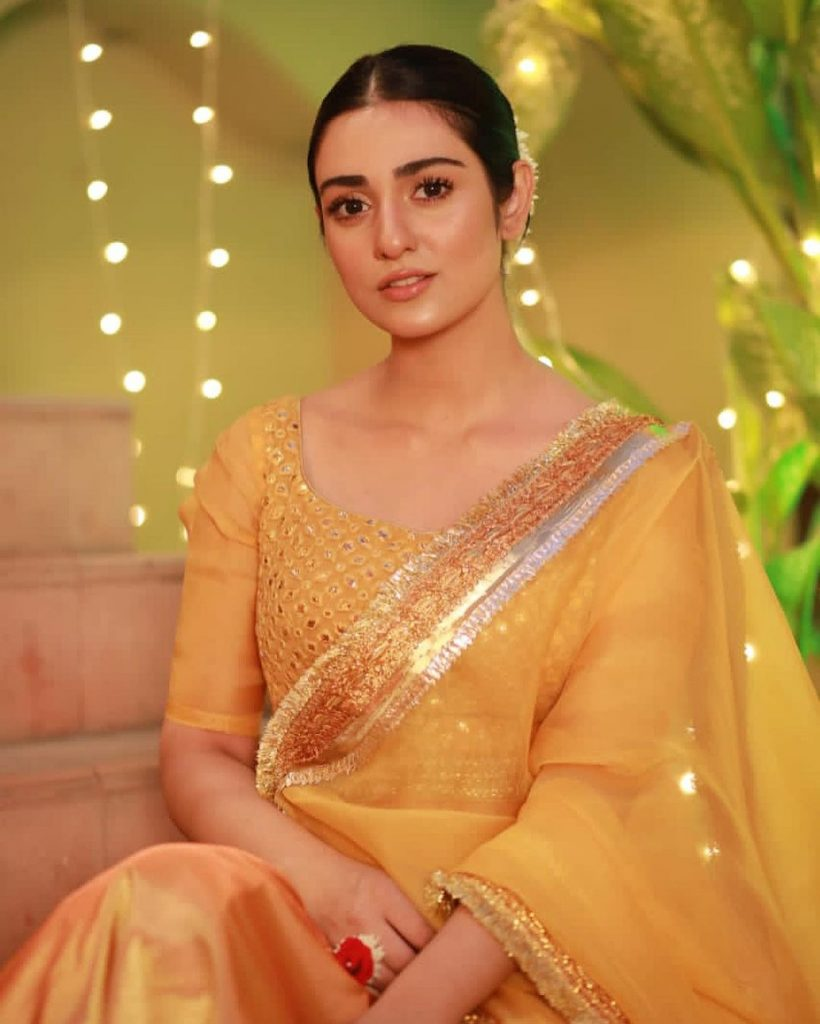 Adorable Pictures Of Sarah Khan