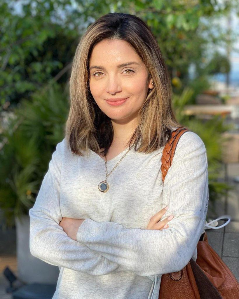 War Of Words Between Armeena Rana And Noor Bukhari