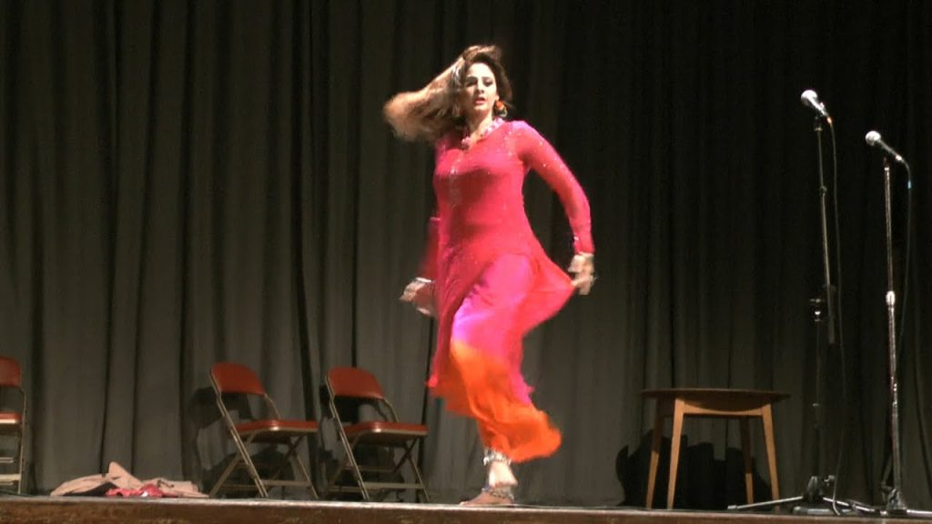 Naseem Vicky Addresses The Dance Culture In Theater
